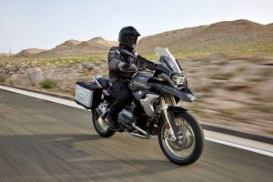 the-new-bmw-r-1200-exclusive-11-2016-600px