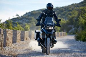 the-new-bmw-r-1200-gsexclusive-11-2016-600px